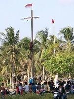 s-インドネシア柱登りCIMG0480_2.jpg